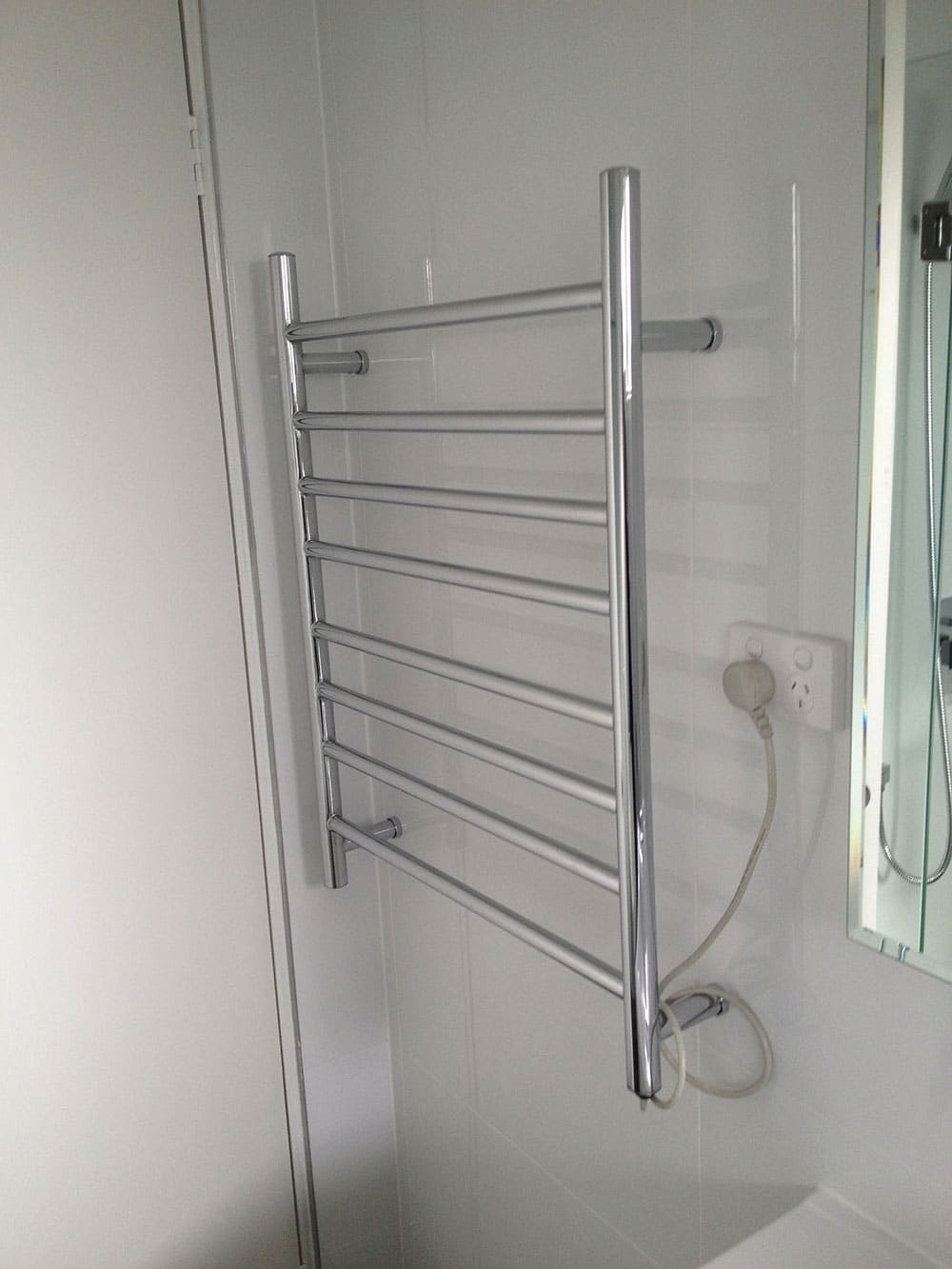 Optimised Heated Towel Rail – Extra Inclusion